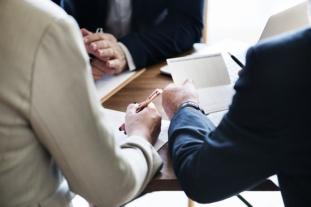 When to hire an accountant – Small business guide