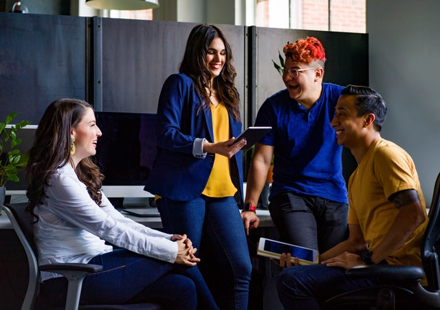 10 Ways to Build A Vibrant Company Culture